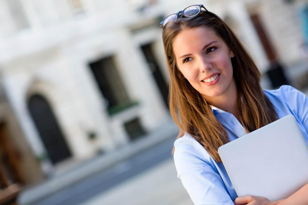 Entenda pagar faculdade com Consórcio