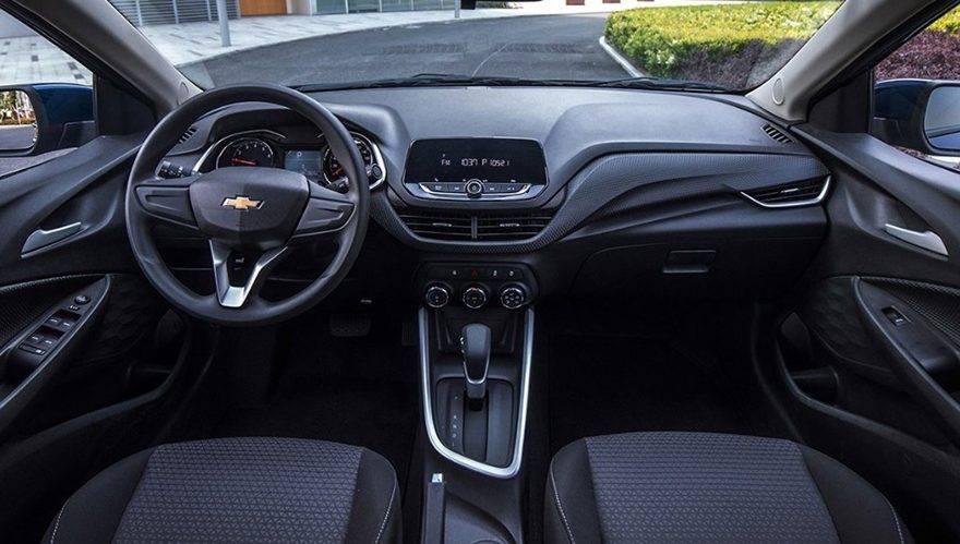Onix Sedã - Interno (Chevrolet)