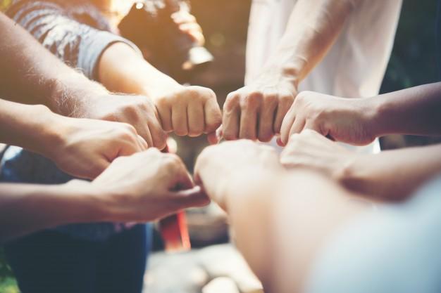 As vantagens do consórcio é muito interessante se você deseja alcançar um objetivo a longo prazo, essa forma de autofinanciamento é muito segura, flexível e possibilita obter crédito para a compra de bens e serviços.